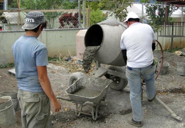Бетон в лопатах расход воды на приготовление цементного раствора